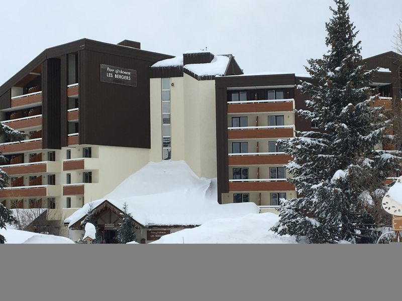 Vue extérieure de la location Location Appartement 111769 Alpe d'Huez