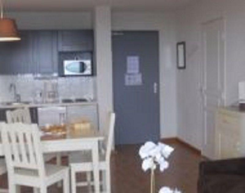 Cuisine américaine Location Appartement 112080 Besse - Super Besse