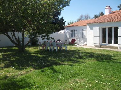 Vue extérieure de la location Location Villa 113645 La Guérinière