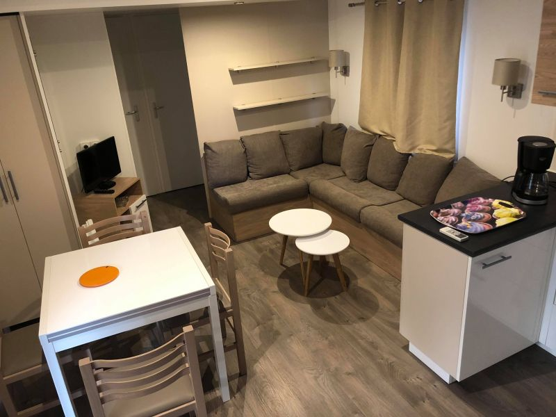 Salon Location Mobil-home 115155 Canet-en-Roussillon