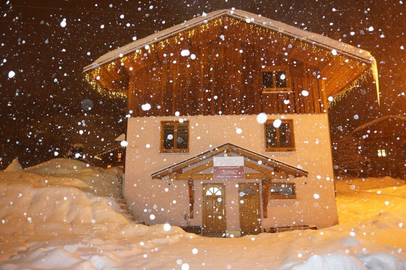 Vue extérieure de la location Location Chalet 116653 Les Menuires
