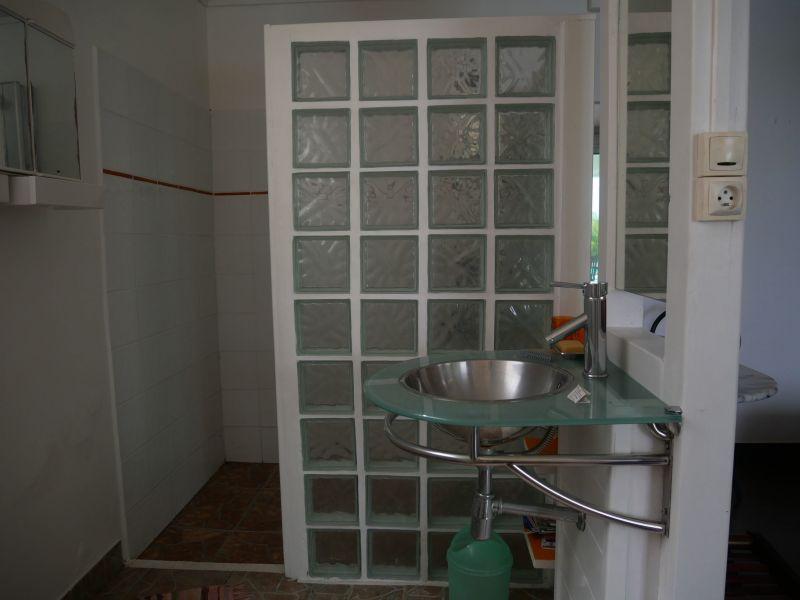 Salle d'eau 3 Location Villa 116772 Saint Francois