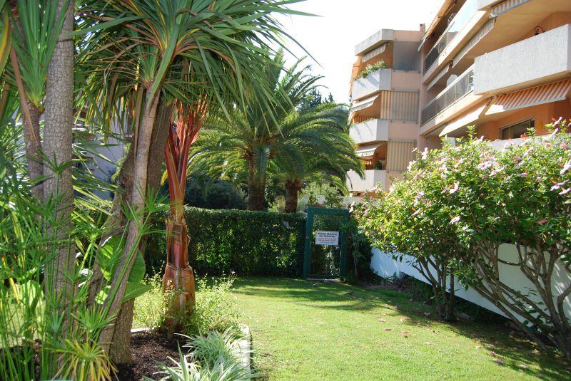 Vue extérieure de la location Location Appartement 92095 Nice