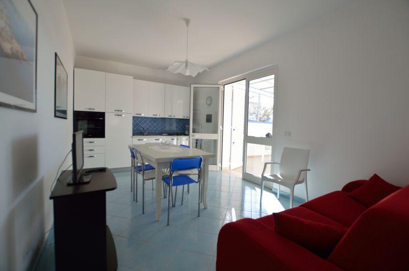 Séjour Location Appartement 93208 Torre Vado