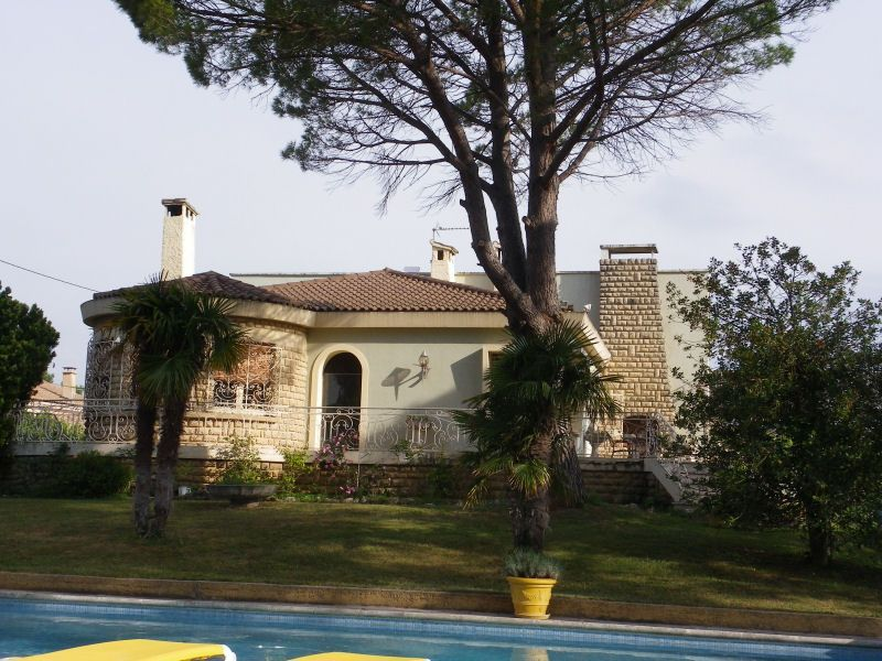 Location Villa 93665 Avignon