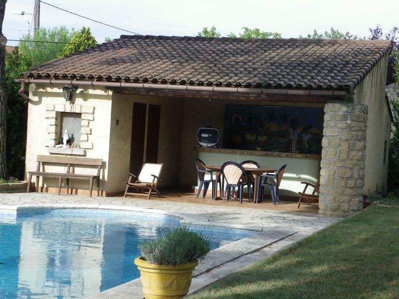 Cuisine d'été Location Villa 93665 Avignon