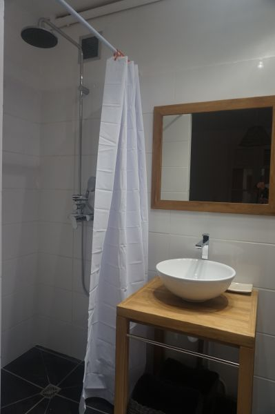 salle de bain 4 Location Villa 102539 Saint Francois