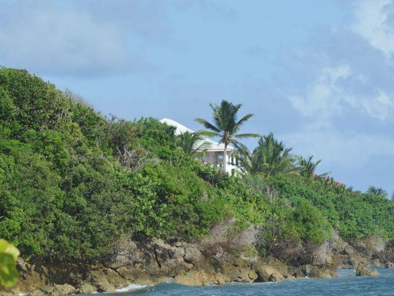 Vue extérieure de la location Location Villa 102539 Saint Francois