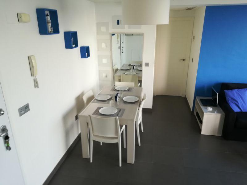 Salle à manger Location Appartement 107409 Murcie