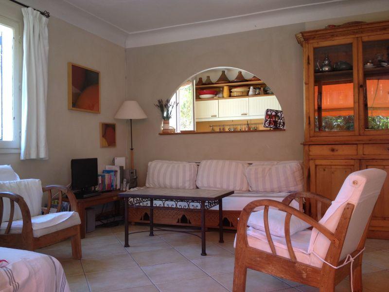 Séjour Location Villa 113140 Saint Raphael