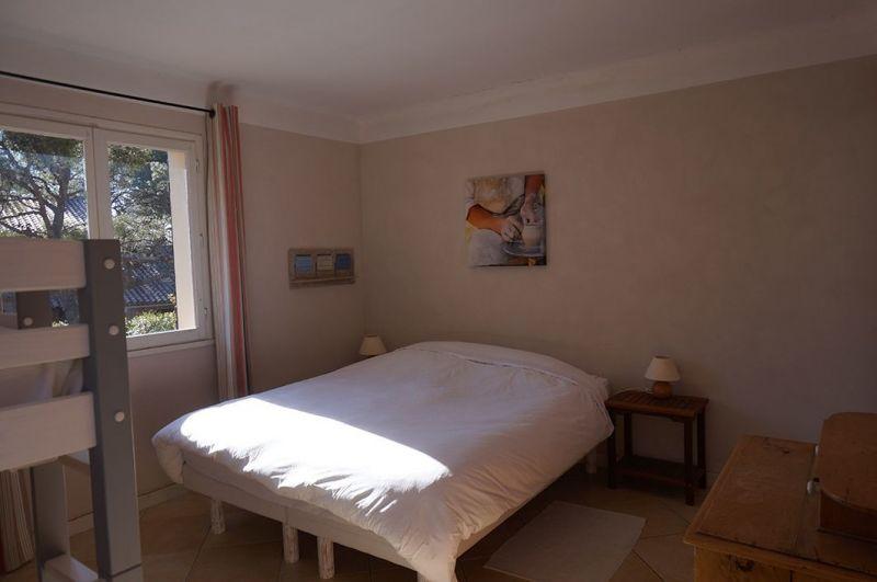 chambre 2 Location Villa 113140 Saint Raphael