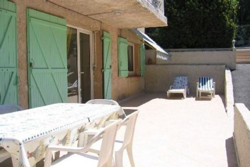 Vue extérieure de la location Location Appartement 113971 Antibes