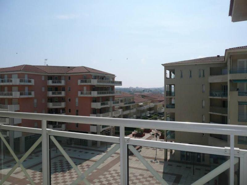 Vue de la terrasse Location Appartement 115401 Juan les Pins
