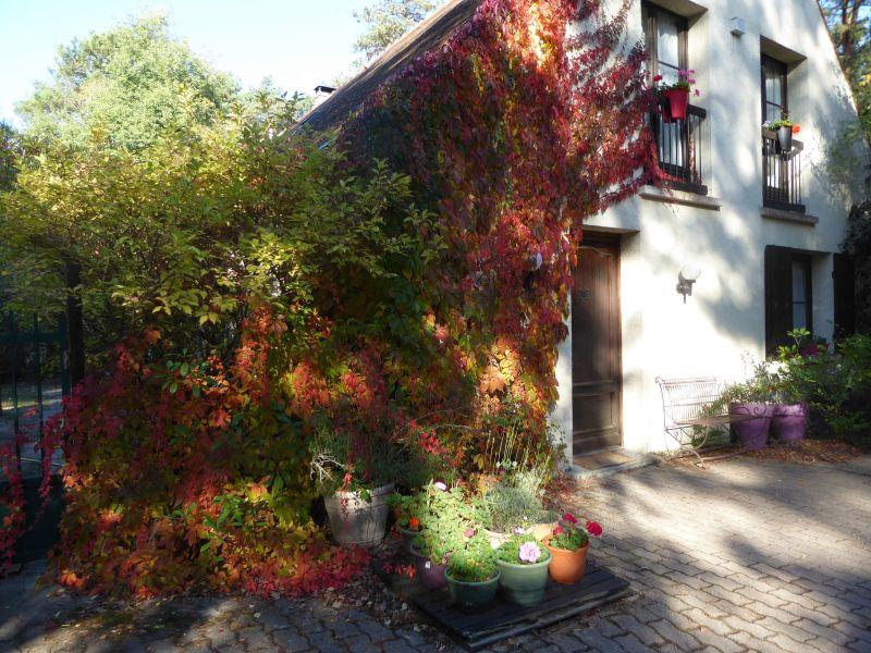 Vue extérieure de la location Location Maison 117595 Fontainebleau