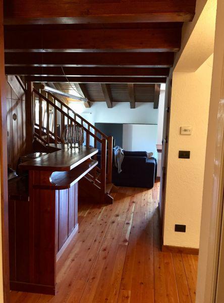 Couloir Location Appartement 119243 Pila