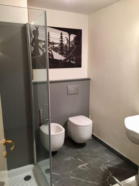 salle de bain 1 Location Appartement 119243 Pila