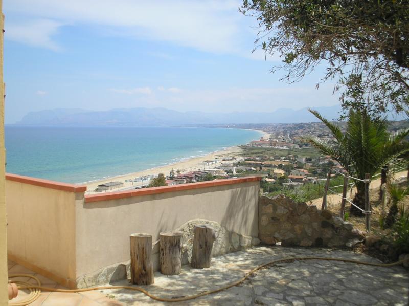 Vue de la terrasse Location Maison 67481 Castellammare del Golfo