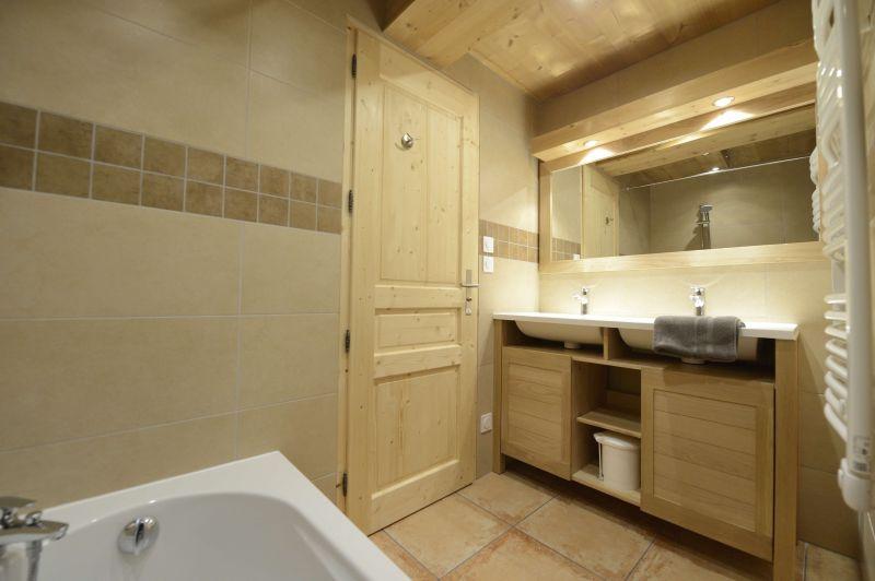 salle de bain Location Appartement 73296 Bonneval sur Arc