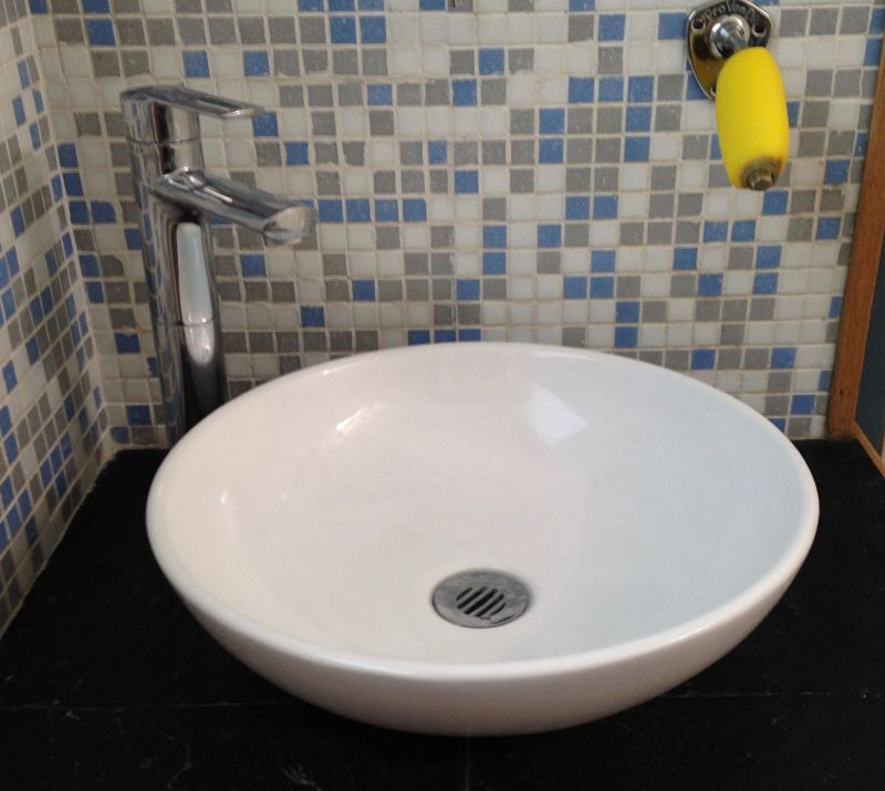 salle de bain 1 Location Maison 83750 La Rochelle