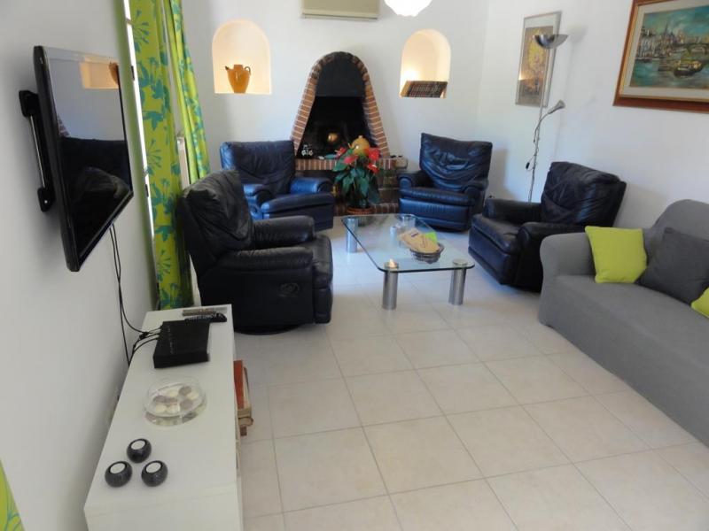Séjour Location Villa 84463 La Seyne sur Mer