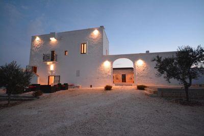 Entrée Location Chateau 89049 Polignano a Mare