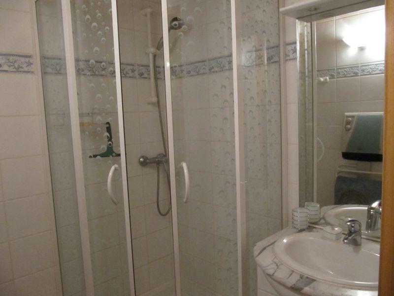 salle de bain Location Studio 91241 Serre Chevalier