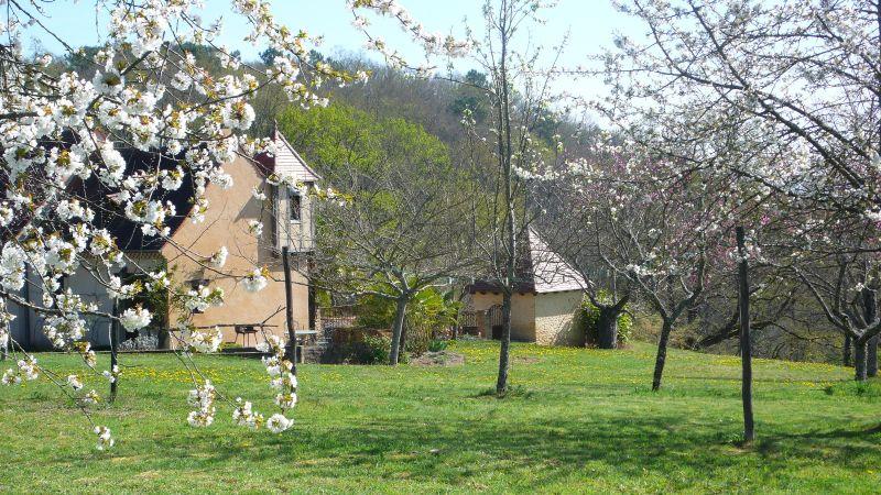 Vue extérieure de la location Location Gite 91676 Sarlat
