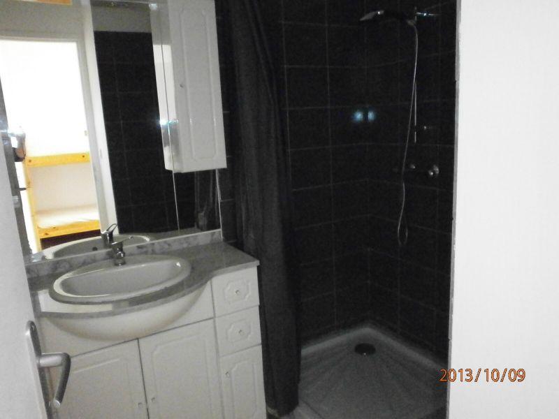 Salle d'eau Location Studio 93396 Le Grau du Roi