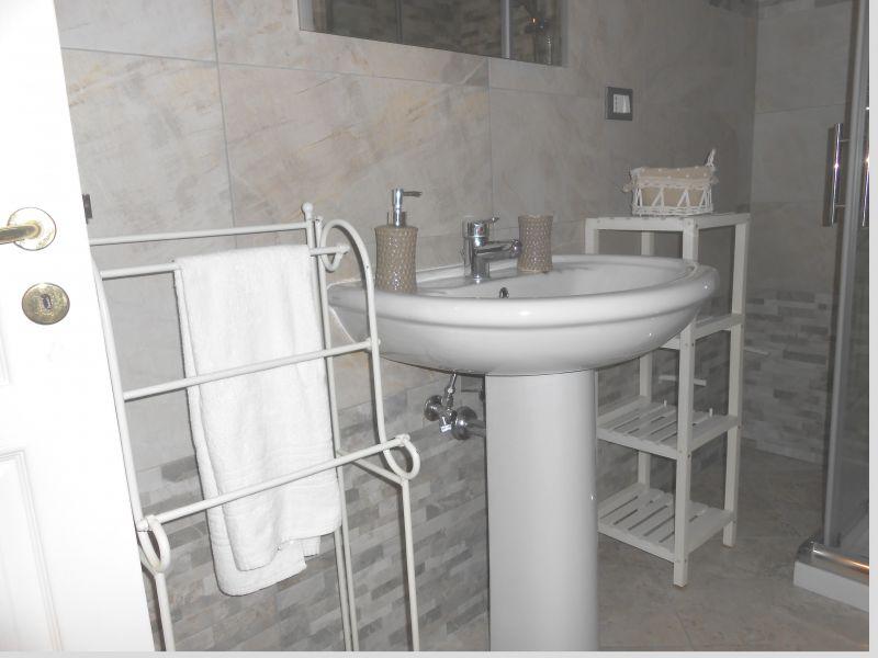 salle de bain Location Appartement 99243 Otranto