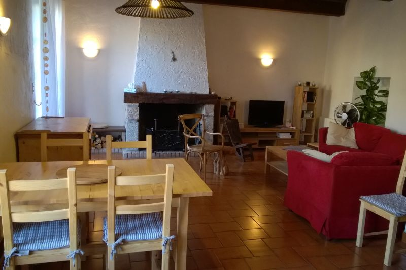 Location Maison 100502 Montolieu