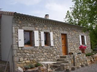 Vue ext�rieure de la location Location Maison 102583 Vallon-Pont-D'Arc