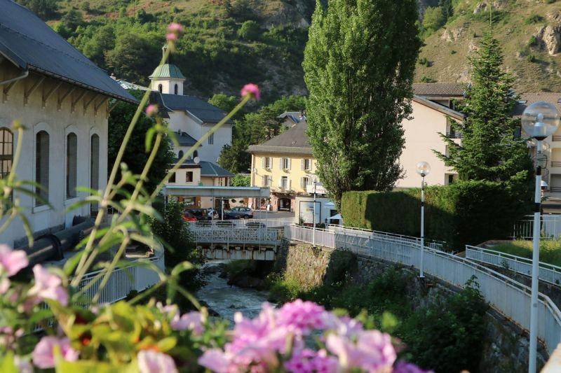 Vue à proximité Location Studio 106467 Brides Les Bains