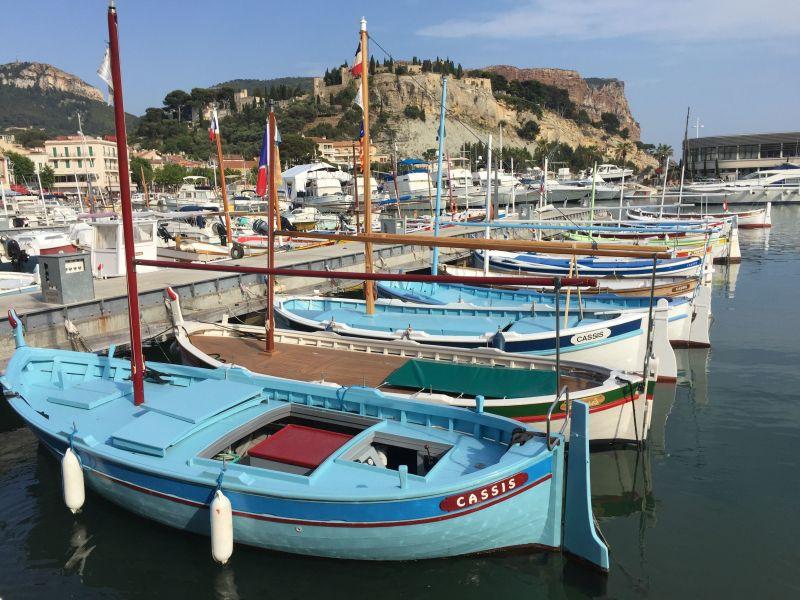 Vue extérieure de la location Location Appartement 113223 Saint Cyr sur Mer
