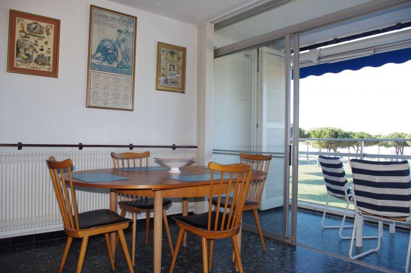 Salle à manger Location Appartement 114395 Le Grau du Roi