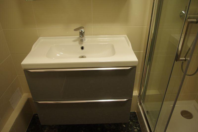 salle de bain Location Appartement 114395 Le Grau du Roi