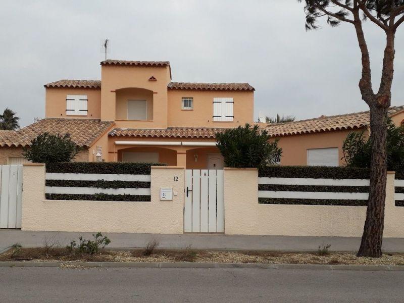 Vue extérieure de la location Location Maison 115740 Le Barcares