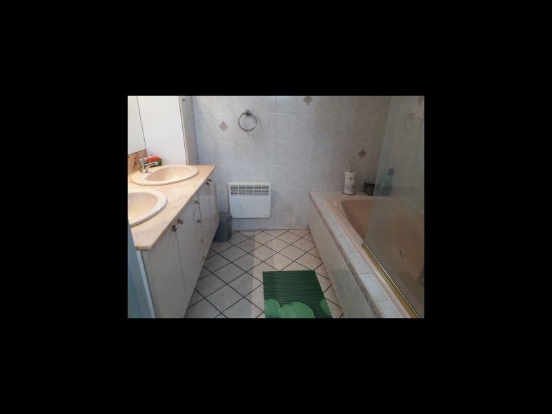 salle de bain Location Maison 115740 Le Barcares