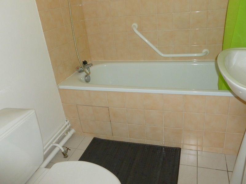 salle de bain Location Appartement 117330 Cabourg