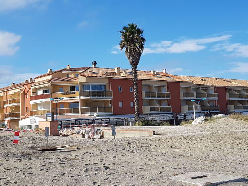 Vue extérieure de la location Location Appartement 117607 Sainte Marie la Mer