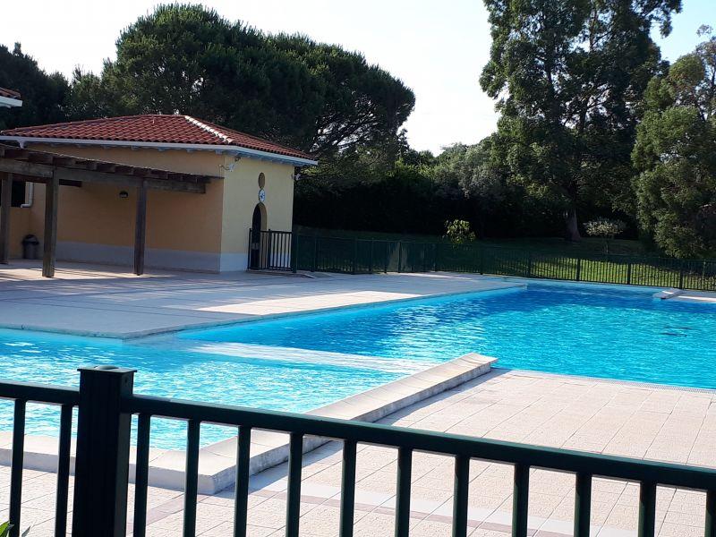 Piscine Location Appartement 63966 Fréjus