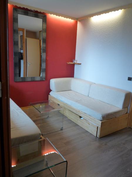 Salon Location Appartement 66617 Valmorel