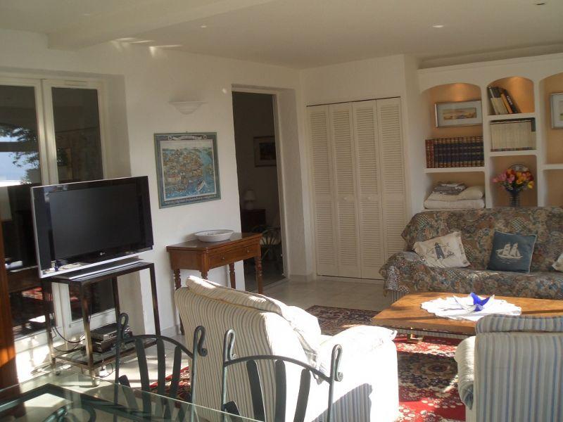 Séjour Location Appartement 69976 Nice