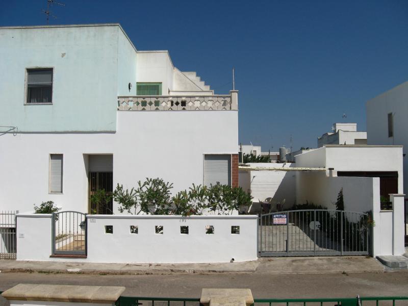 Vue extérieure de la location Location Appartement 77899 Lido Marini