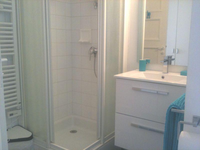 salle de bain Location Studio 79238 Saint Jean de Luz