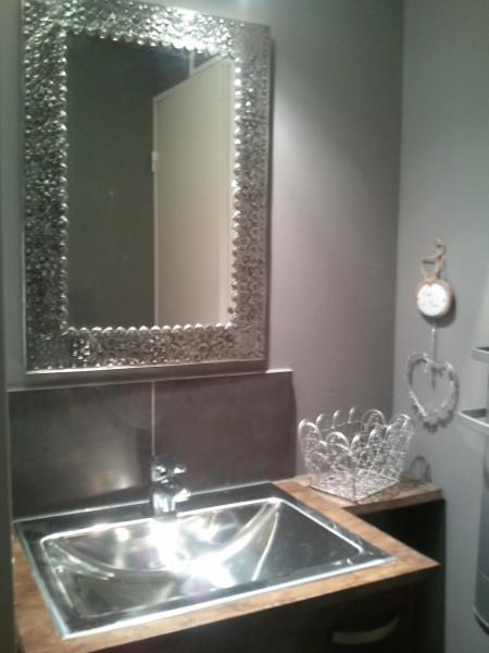 salle de bain Location Studio 79987 Font Romeu
