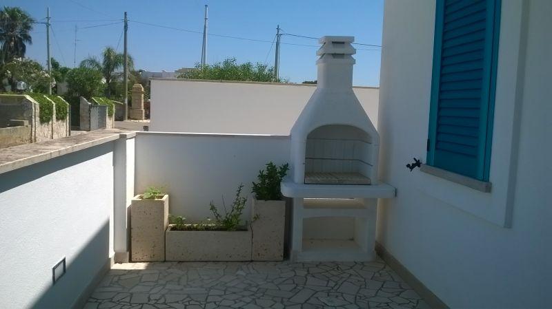 Cuisine d'été Location Appartement 80037 Ugento - Torre San Giovanni