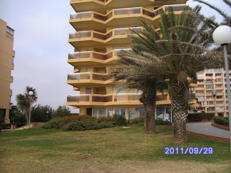 Vue extérieure de la location Location Appartement 82556 Canet-en-Roussillon
