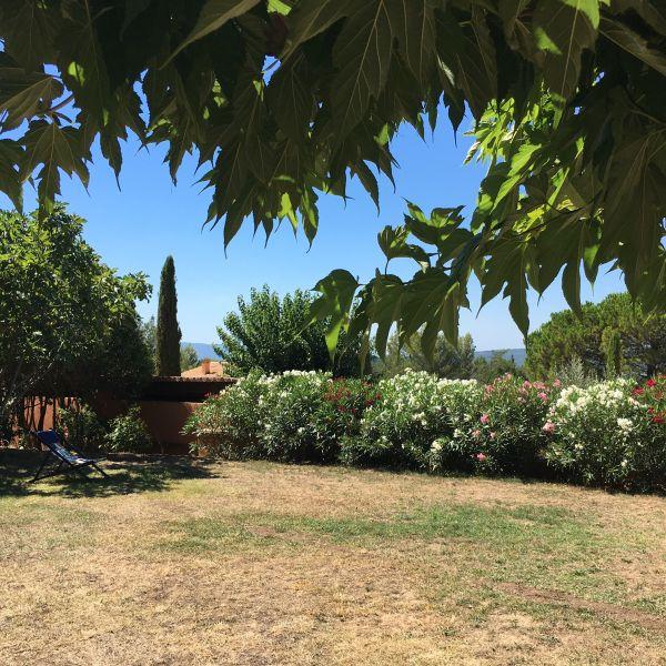Vue de la terrasse Location Maison 100544 Roussillon