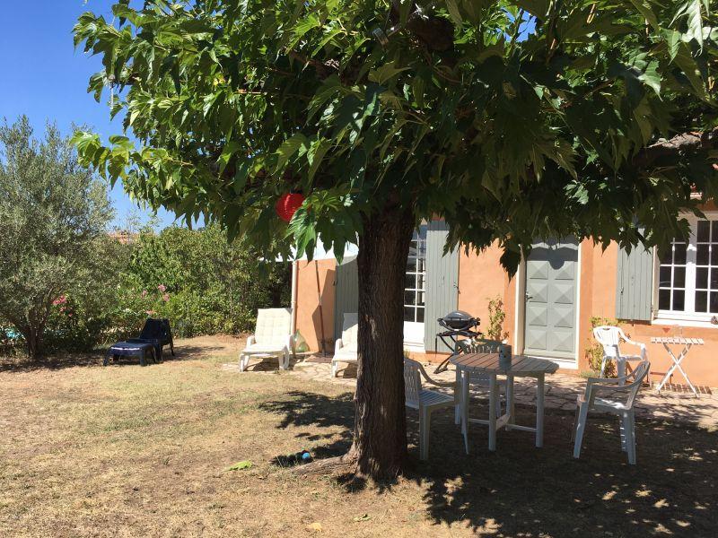Terrasse Location Maison 100544 Roussillon