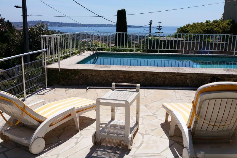 Vue depuis la location Location Villa 100556 Golfe Juan